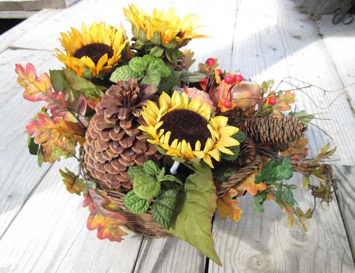 Fall Sunflower Pinecones & Pumkins